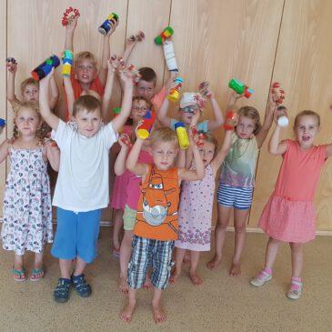 Ferienprogramm der Stadtkapelle: Wir basteln Musikinstrumente